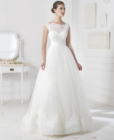 3a9b4fd146abc1 Нетрудно решить, как правильно выбрать свадебное платье в зависимости от  роста будущей невесты. Для высоких девушек предпочтительнее подбирать платье  с ...